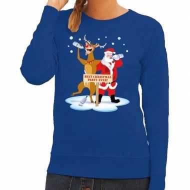 Foute kersttrui blauw met een dronken kerstman en rudolf voor dames k