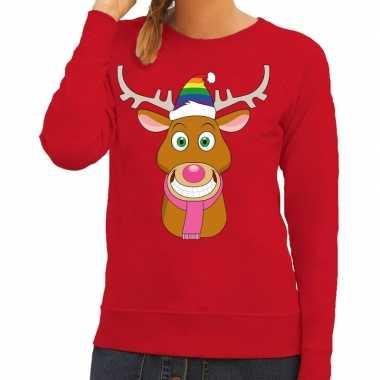 Foute kersttrui rood gay ruldolf regenboog muts en roze sjaal voor da